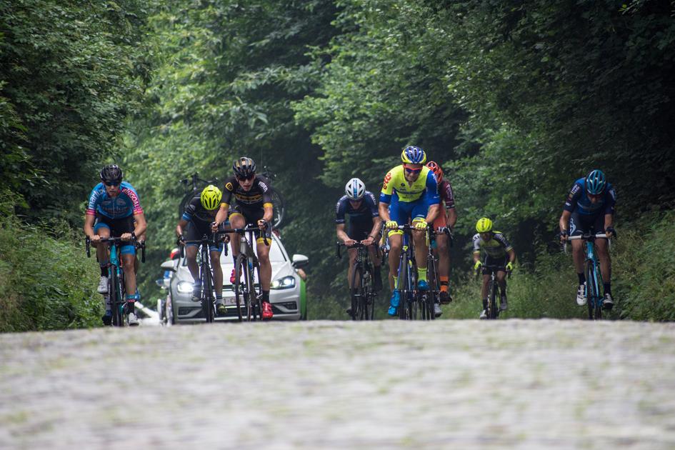 canyon-dhb-cycling-team-1