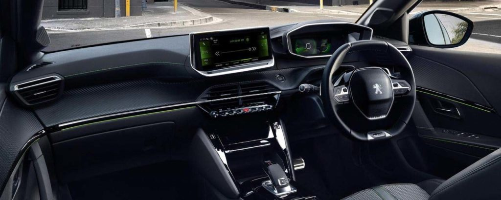 new-peugeot-208-car-sales-immersive-driving-experience