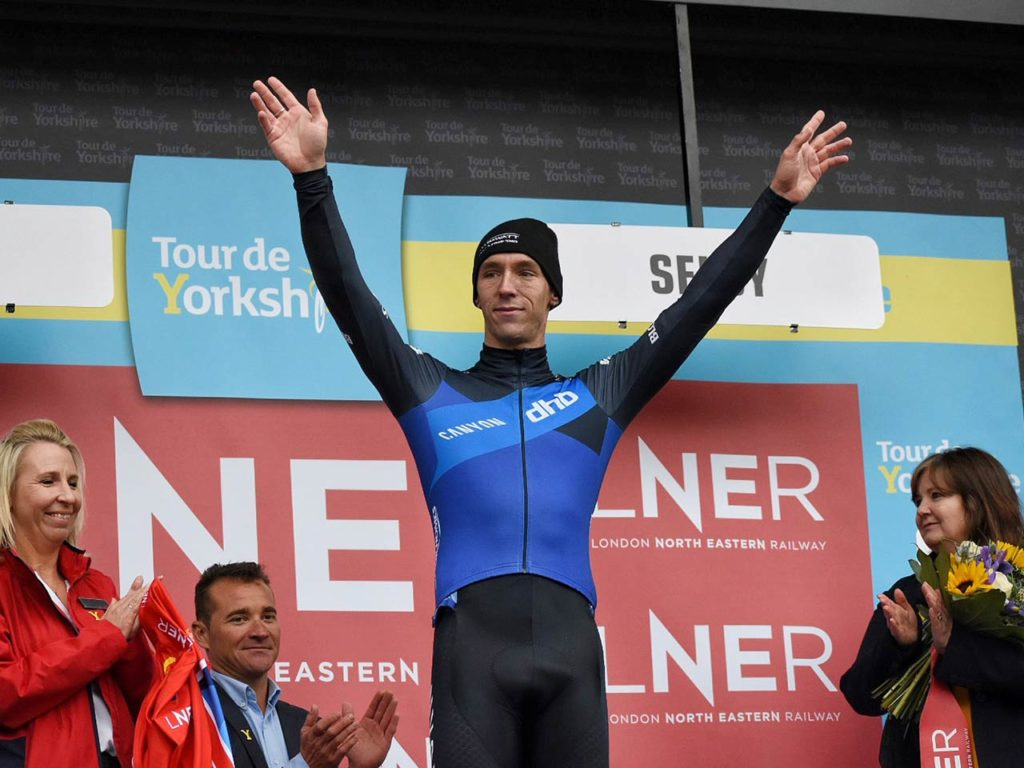 canyon-dhb-pb-bloor-homes-jacob-hennessy-podium