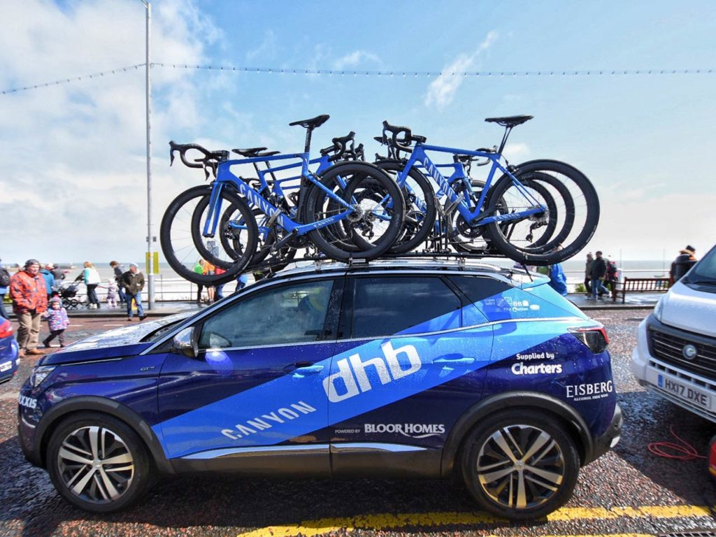canyon-dhb-pb-bloor-homes-support-car-tour-de-yorkshire