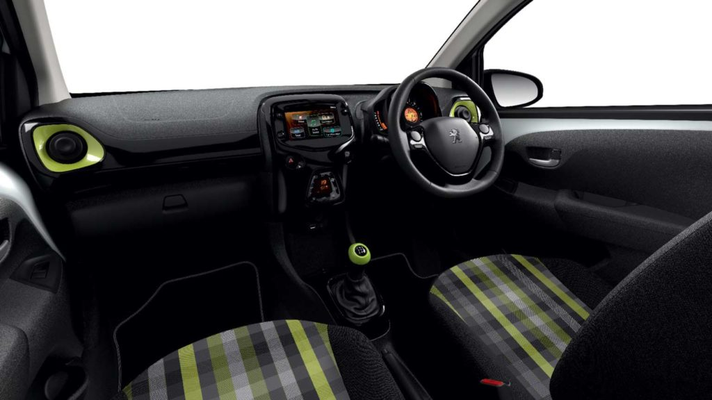 peugeot-108-collection-interior